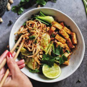 Vegaaninen Pad Thai
